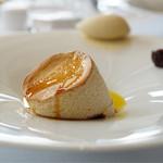 レストラン タテル ヨシノ 銀座 - キャラメルのスフレ バナナのアイスクリーム