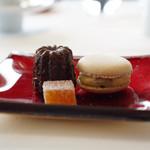 レストラン タテル ヨシノ 銀座 - 小菓子
