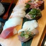 でかねた寿司 - 特上寿司9貫(特上ランチ)