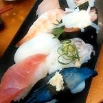 でかねた寿司 - 寿司8貫(金沢ランチ)