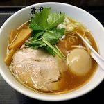 Aoki - 青樹(あっさり煮干しらーめん味玉のせ 880円)