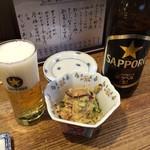 久昇 - 名物のおからとビール