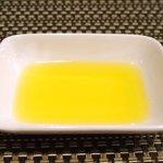 バティチ - Aランチ+カフェ 1000円 のオリーブオイル