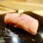 64227617 - [2017/03]寿司⑩ めじまぐろのとろ