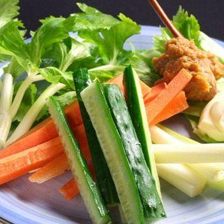 産地にこだわった野菜中心のヘルシー料理