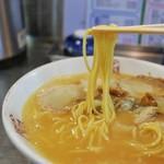 味の名門 - 麺リフト