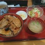 炭火焼豚丼柏家 - 炭火焼豚丼大盛