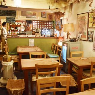 元町トアウエストの南国食堂