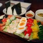 ホノホノカフェ - サラダランチ     ¥880