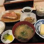 さんぷらざ - A定食680円に、120円の小鉢を二つ追加しちゃいました☆(第一回投稿分②)