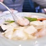 隆蓮 - エビと豆腐の煮込み
