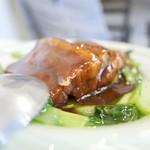 隆蓮 - 豚バラ肉の煮込み
