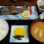 旅籠 ふじ - 岩魚の塩焼き定食1300円は安いと思います