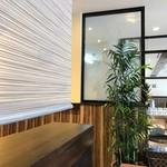 ヴィディヤ カフェ - こちらは喫煙室側。