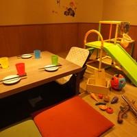 【ディナー限定】個室でキッズスペースと掘り炬燵半分半分