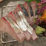 酒菜処 きっすい - 縞鯵のお造り