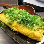 しろなべ吉 - 牛すじだしまき 680円 ほろっほろに炊いた、甘~い牛すじがたっぷり♡