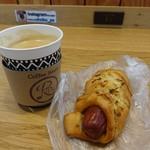旅のイロドリカフェ - 料理写真:菖蒲ブレンド380円 デンマークソーセージドック260円