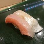 小かん鮨 - にぎりの図