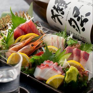 旬の鮮魚と多彩な肉料理