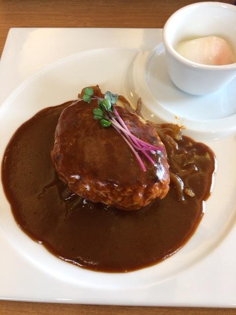 ハンバーグ&とんこつカレーの店 洋食バル マカロニ食堂 - 200gハンバーグ