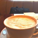 64289376 - ほうじ茶ラテ。ハチミツで自然な甘さを