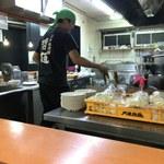 二十六代目 哲麺 - 厨房