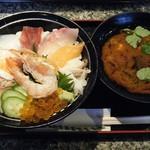 回転寿司鬼へい - 料理写真:超得 海鮮ちらし丼@980