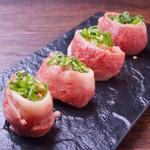 和牛焼肉ブラックホール - 肉寿司