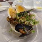 ビストロ ダイア - 白貝、ムール貝、アサリ、ハマグリのチャウダー・・・
