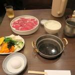 64304689 - すき焼きランチ 肉ダブル 1,383円(税込)