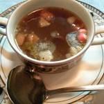 64311562 - テールスープ。