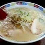 一輝亭 - ラーメンチャーハンセット850円(ラーメン)