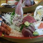 64316480 - 2013/02/19 12:30訪問 特別定食¥1,000の船盛