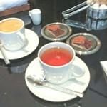 ピュイフォルカ シャンパンバー HERMES - 紅茶とコーヒー