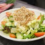 鳥取和牛 因幡の国守 - ・白兎サラダ 680円