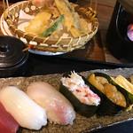 64319060 - お寿司と天ぷら