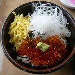 Restaurant Serambi - ミニいくら丼