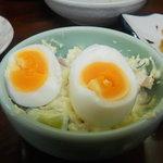 政屋 - ポテトサラダにゆで卵トッピング