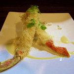フェデリーニ - シーフードコース。旬の魚を使ったメイン料理です。(写真はイメージです)
