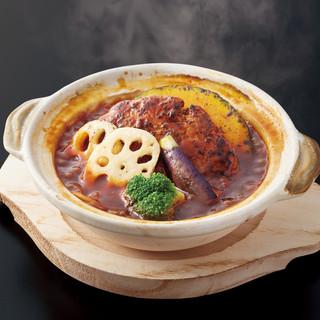 【デミグラス】土鍋煮込みハンバーグ(ごはん付)
