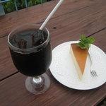 海の展望台 シーサイドカフェ - ケーキ
