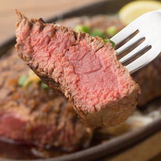 ディナータイムは全品390円◆ステーキ、ローストビーフ・・・