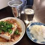 平野屋 - 湯豆腐+ジャコおろし+熱燗
