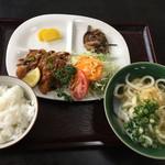 大西うどん - 日替り定食  680円