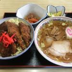 日新町 ハトヤ食堂 本店 - ソースかつ丼・ミニラーメンセット