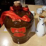 上海屋台 - 「紹興酒の王様」をお銚子で1合