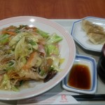 リンガーハット - 料理写真:長崎皿うどんにCセット