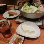博多もつ鍋 やまや - 「あごだし醤油」1,349円×2