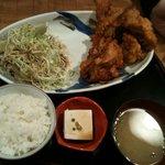 ライスライス - 唐揚げ定食(M)¥720